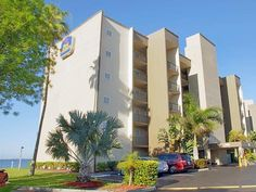 Fort Myers (FL) Best Western Fort Myers Waterfront United States, North America Best Western Fort Myers Waterfront is perfectly located for both business and leisure guests in Fort Myers (FL). The hotel offers a high standard of service and amenities to suit the individual needs of all travelers. Facilities like 24-hour front desk, facilities for disabled guests, express check-in/check-out, Wi-Fi in public areas, car park are readily available for you to enjoy. Each guestroom ...