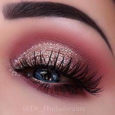 Burgund Make-up-Trend – Maquillaje Makeup Eye Looks, Eye Makeup Art, Cute Makeup, Gorgeous Makeup, Eyeshadow Makeup, Beauty Makeup, Glamorous Makeup, Fall Makeup, Perfect Makeup