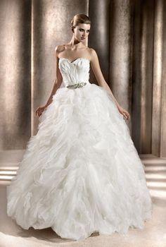 black swan geïnspireerde bruidsjurk, trend 2013
