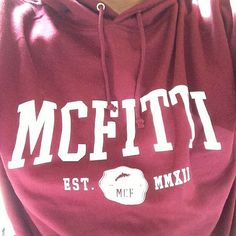 Neue MC Fitti-Hoodies in weinrot, übelst Weltraum! Mc Fitti, Sweatshirts, Instagram Posts, Sweaters, T Shirt, Tops, Women, Fashion, Space