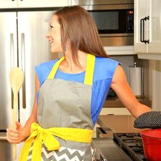We love our new Chevron Yellow Bow apron and you can too for a steal of a deal!!!  Use coupon code TURKEY40 for 40% off your order!!!
