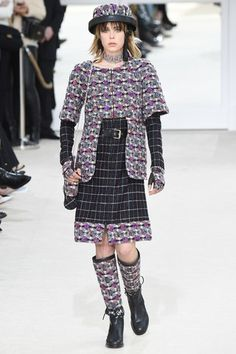 Chanel Fall 2016 Ready-to-Wear collection.