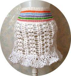 Horgolt szoknya kötött derék résszel. Crochet Hats, Fashion, Crocheted Hats, Moda, Fasion, Fashion Illustrations, Fashion Models