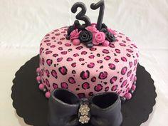 Animal Print Cake. Torta de Vainilla rellena con arequipe de Mis Dulces Tentaciones de Mary Atencio