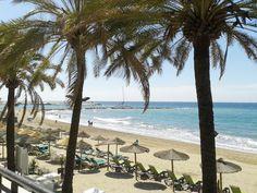 Vista de la salida del puerto desde el Paseo marítimo detrás de la Playa de la Fontanilla en Marbella, España (SAMSUNG DUOS 18.06.2013 14:01 by Fbb) http://www.skindefenders.com