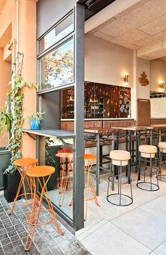 Amarre 69 ©pptinteriorismo #interiordesign #barceloneta #wood #cork #leather #facade #interiorismo  #restaurant #contract