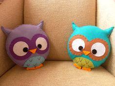 Darling little owl pillows!