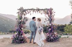 Here at GWS, we've got a *thing* for florals… And love. And really just gorgeous photos that take our breath away + capture the unique essence of each couple (but we're guessing you already knew that!). Anyway, the moment we laid eyes upon this jaw dropping, absolutely stunning, mind boggling beautiful floral arch our hearts...