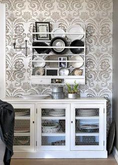 love the wallpaper. love the shelf.