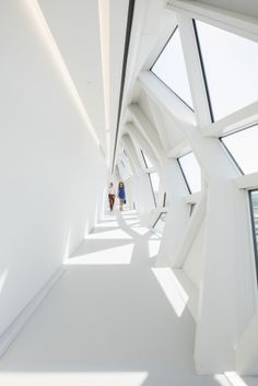"""Closer look: Zaha Hadid's new """"floating"""" Port House in Antwerp – Educational Architecture Education Architecture, Modern Architecture House, Futuristic Architecture, Interior Architecture, Chinese Architecture, Light Architecture, Modern Houses, Architectes Zaha Hadid, Zaha Hadid Architects"""