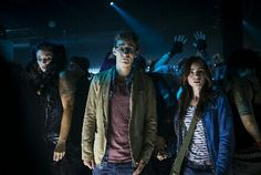 The Mortal Instruments: City of Bones - Publicity still of Robert Sheehan & Lily Collins. The image measures 3000 * 2000 pixels and was added on 19 July Clary Fray, Lily Collins, Cassandra Clare, Percy Jackson, Clary And Simon, Jemima West, Mortal Instruments Movie, Constantin Film, To The Bone Movie