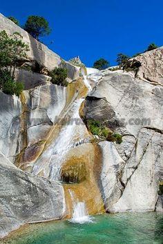 France, Corse, Canyon de Purcaraccia, cascade