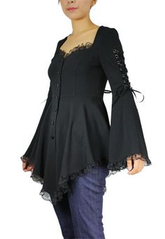 Plus Size Black Gothic Corset Flare Sleeves Lace Top Fashion Mode, Fashion Outfits, Womens Fashion, Stunning Dresses, Pretty Dresses, Victorian Fashion, Gothic Fashion, Cool Outfits, Casual Outfits