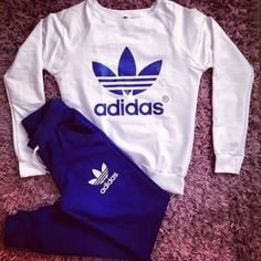 """Fashion """"Adidas"""" Top Sweater Sweatshirt Pants Trousers Sweatpants Set Two-Piece Sportswear from IDS Book. Saved to Epic Wishlist. Nike Outfits, Adidas Outfit, Sporty Outfits, Swag Outfits, Trendy Outfits, Adidas Sweatpants, Sweatpants Outfit, Hoodie Sweatshirts, Girls Tracksuit"""