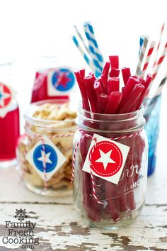 Free DIY July 4th Party Printables on FamilyFreshCooking.com © MarlaMeridith.com