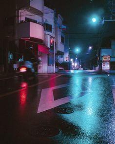 Life in the street corners of the city Urban Photography, Night Photography, Street Photography, Nocturne, Neon Noir, Neon Nights, Skyline, Neon Aesthetic, Night City