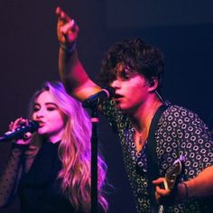 The Vamps and Sabrina Carpenter Bradley Will Simpson, Brad Simpson, Sabrina Carpenter, Girl Meets World Josh, The Last Song, Pop Rock Bands, The Vamps, Celebs, Celebrities