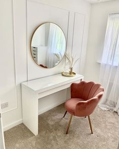 Room Design Bedroom, Room Ideas Bedroom, Home Room Design, Small Room Bedroom, Home Bedroom, Bedroom Decor, Dressing Table With Chair, Dressing Room Decor, Dressing Table Mirror Design