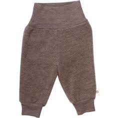 Pantalonii Muesli din lână merinos fleece sunt perfecți pentru vremea rece și schimbătoare.  Pantalonii pentru bebeluși din 100% lână merinos fleece sunt moi, delicați cu pielea și nu înțeapă. Datorită batei late din talie se va aranja pefect pe talia bebelușilor protejându-i de frig și în același timp va fi comod de purtat. La picioare manșetele vor păstra temperatura constantă, fară a permite frigului să pătrundă.   Mărimi:  de la 68 până la 98. Muesli, Sweatpants, Fashion, Moda, Fasion, Sweat Pants, Jumpsuits, Trendy Fashion, La Mode