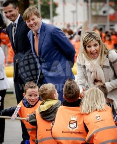 King Willem-Alexander and Queen Maxima at the annual Kingsplays at school The Vijfmaster in Veghel. April 21, 2017 | ANP Foto