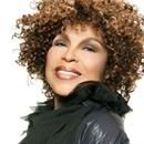 """During the early 1970s, Roberta Flack rosein the musicalindustryto become one of the most popular female singers in the world. Her two smash singles""""FirDuring the early 1970s, Roberta Flack rose in the musical industry to become one of the most popular female singers in the world. Her two smash singles""""First Time Ever I Saw Your Face"""" and Norman Gimbel's """"Killing Me Softly with His Song- established Flack as a major force in contemporary music. Here are some other amazing facts to..  The…"""