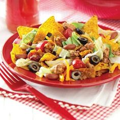 taste of home taco salad- substitute lean meat & chips