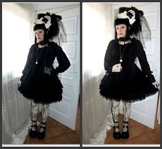 Very interesting coord... First off, it makes me think of old school Lolita, but it's still very modern. OTT old school Gothic Lolita? xD? Cough. Anyway. Love the giant hat.