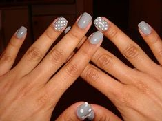!!!!!!!!!! I just did almost this EXACT same mani except the thumbs. Such a pretty pair, that grey and white.