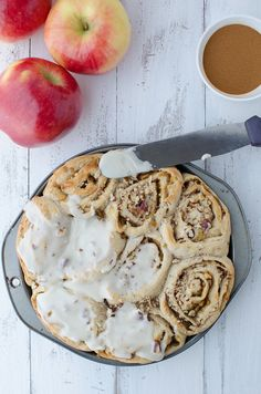 The perfect holiday breakfast treat! Homemade apple pie filling layered in homemade cinnamon rolls. The perfect recipe for Thanksgiving or Christmas! Apple Recipes, Snack Recipes, Snacks, Vegan Recipes, Apple Cinnamon Rolls, Homemade Apple Pie Filling, Vegan Sweets, Vegan Food, Perfect Food