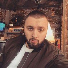 Majk Albanian People, Best Rapper, Singers, Boys, Fictional Characters, Beauty, Baby Boys, Children, Singer