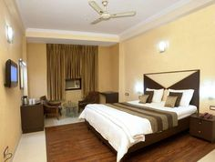 Located in the mesmerizing city of New Delhi, Hotel Orchid Garden offers modern rooms and suites, with classy wooden furniture, tiled floors and high tech equipment. All units feature flat-screen TV, free Wi-Fi and air-conditioning, providing comfortable accommodation in New Delhi.  http://www.tropolino.com/EN/Asia/India/NCT/New-Delhi/Hotels/