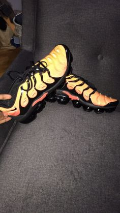 daf987284e mens nike air vapormax plus Sunset #fashion #clothing #shoes #accessories  #mensshoes
