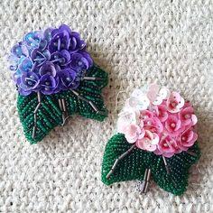 Biser_prodaja handmade hand_made Bead Embroidery Jewelry, Beaded Jewelry Patterns, Ribbon Embroidery, Embroidery Patterns, Embroidery Art, Brooches Handmade, Handmade Jewelry, Handmade Bracelets, Beaded Bracelets