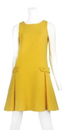 [This is very much a style. It would most likely be made in a double knit fabric, which was all the rage.] Andre Courreges dress, I guess this a much more restrained idea of fun! Still, I'd enjoy wearing it. 60s And 70s Fashion, Mod Fashion, Vintage Fashion, Sporty Fashion, Fashion Women, Casual Dresses, Fashion Dresses, 1960s Dresses, Vintage Mode
