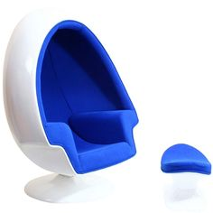 Eero Aarnio Alpha Shell Egg Chair and Ottoman in Blue modern-armchairs-and-accent-chairs Pink Desk Chair, Diy Chair, Chair And Ottoman, Pink Chairs, Futuristic Furniture, Modern Furniture, Futuristic Interior, Interior Modern, White Furniture