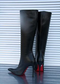 Cristiano Pompeo straight heel leather knee boots 15