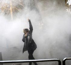 دادگاه+انقلاب+تهران+معترضان+را+تهدید+به+«اعدام»+کرد