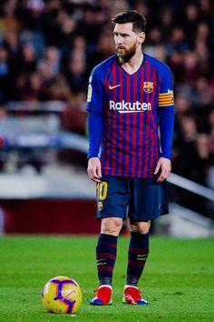 Lionel Messi - Barcelona Home Kit Fc Barcelona, Lionel Messi Barcelona, Barcelona Football, Camp Nou, Lionel Messi Quotes, Lional Messi, Lionel Messi Wallpapers, Cristano Ronaldo, Soccer Uniforms