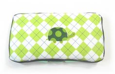 How to cover a travel baby wipes case with cloth. Cloth + Batting + Hot glue gun & ribbon = new & cute case.
