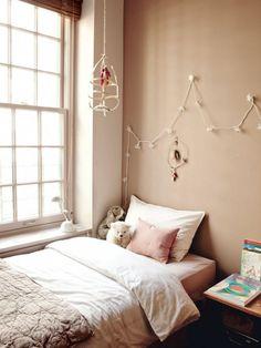 New York : pastel sleeping corner for a little girl
