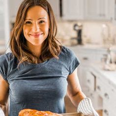 Jennifer Garner Has Been Making This Chicken Recipe 'for Years': 'It's a Sure Thing' | And it looks pretty healthy, as well!