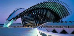 Lyon Saint-Exupery airport in France was designed by architect Santiago Calatrava Unique Architecture, Futuristic Architecture, Sustainable Architecture, Landscape Architecture, Chinese Architecture, Architecture Office, Santiago Calatrava, Milwaukee, Monuments