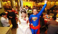 This groom incorporated the superhero theme with his Superman costume during his wedding in China in 2007.