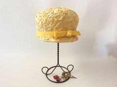 Your place to buy and sell all things handmade Etsy Vintage, Vintage Items, Vintage Hats, Etsy Christmas, Christmas Items, Tall Hat, Pillbox Hat, Church Hats, Etsy Seller