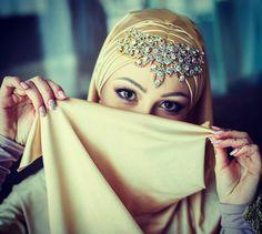 Hijab Dp, Hijab Bride, Veils, Headpieces, Crown, Bridal, Princess, Beautiful, Instagram