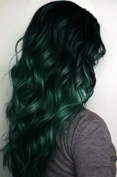 Dark dyed green ombre hairstyle. Perfect color for mermaid hair. To get the most vibrant colors pre-lighten hair to the desired level. #finfun #mermaids #mermaidtail