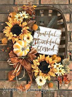 Tobacco Basket Wreath Farmhouse Style Fall Wreath Sunflower Wreath Front Door Wreath Pumpkins Fall Wreath with Sign Fall Home Décor Thanksgiving Wreaths, Autumn Wreaths, Holiday Wreaths, Wreath Fall, Pumpkin Wreath, Thanksgiving Ideas, Home Decor Baskets, Basket Decoration, Fall Home Decor