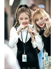 #Jennie #Lisa BLACKPINK