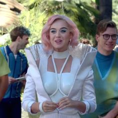 """Katy Perry Shows Off What Went Into Creating Her """"Chained To The Rhythm"""" Music Video - http://oceanup.com/2017/04/01/katy-perry-shows-off-what-went-into-creating-her-chained-to-the-rhythm-music-video/"""