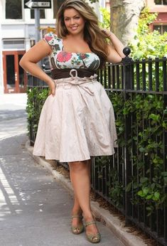 Curvy Girl Fashion 40 Plus Size Outfits